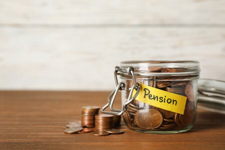 4 year-end tax tips that benefit your pension pot